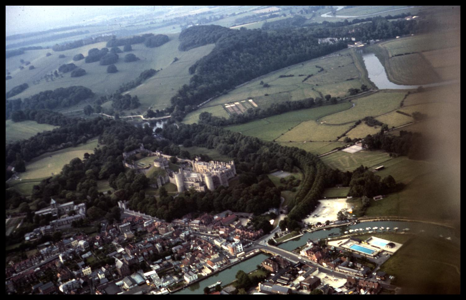 [Aerial View of Arundel]                                                                                                      [Sequence #]: 1 of 1