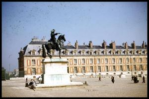 Primary view of object titled '[Louis XIV Statue]'.