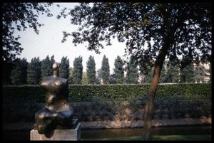[Henry Moore Sculpture]