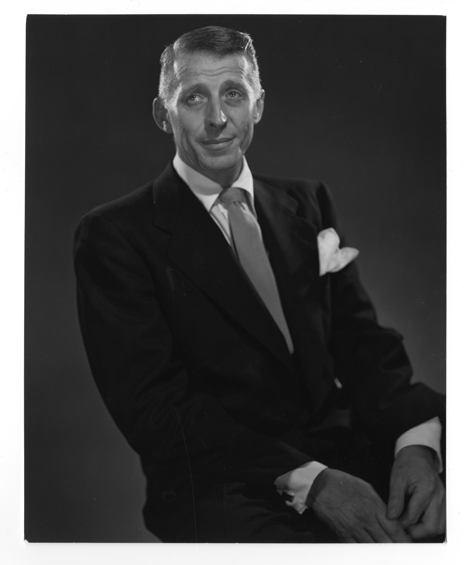 [Photograph of Stan Kenton]                                                                                                      [Sequence #]: 1 of 2