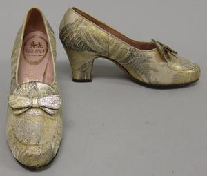 Primary view of object titled 'Evening Shoes'.