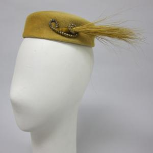 Primary view of object titled 'Pillbox Hat'.