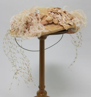 Primary view of object titled 'Calotte Hat'.