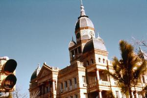 Primary view of object titled '[Courthouse on the Denton square]'.