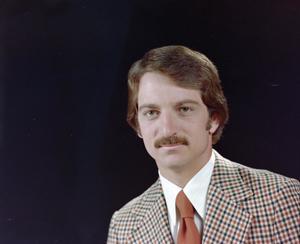 Primary view of [Portrait of KXAS employee Doug Vair, 10]