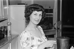 Primary view of [Photograph of Doris Stiles Williams in a kitchen]