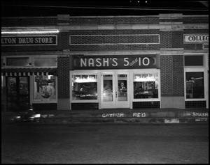 Primary view of object titled '[The Exterior of Nash's 5 & 10 Store, 1942]'.