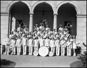 Primary view of object titled '[Marching Band Group 1942]'.