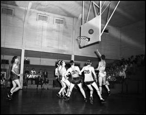 Primary view of object titled '[Basketball - Men - Indoors - 1942]'.