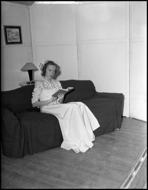 Primary view of object titled '[Alice Broadfoot Speech Recital, 1946]'.