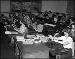Primary view of object titled '[Typing Class, 1942]'.