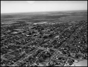 Primary view of object titled '[Campus - Aerial - Oak St. to horizon - 1951'.