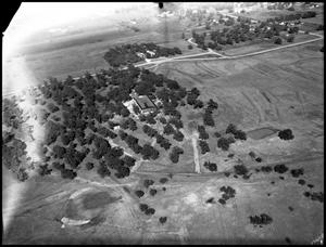 Primary view of object titled '[Campus - Bird's Eye #2 - 11/1946]'.