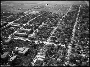 Primary view of object titled '[Campus - Aerial - Historical Bldg. - 11/1946]'.