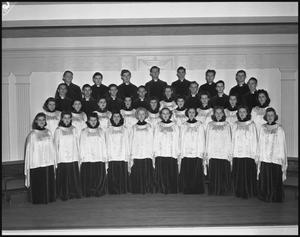 [The 1942 Campus Choir in Robes]
