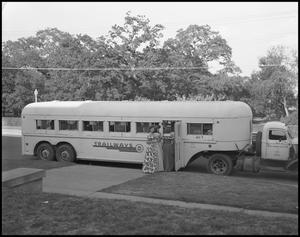 Primary view of object titled '[Carroll, Yvette - Tailways Bus]'.
