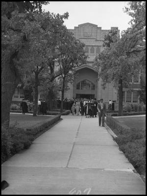 Primary view of object titled '[Commencement - Administration Building - 1950]'.