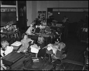 Primary view of object titled '[Students in Class making Arts and Crafts]'.