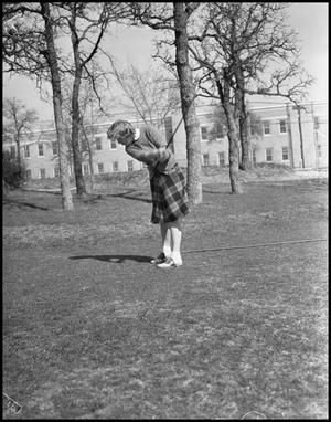 Primary view of object titled '[Female Golfer]'.