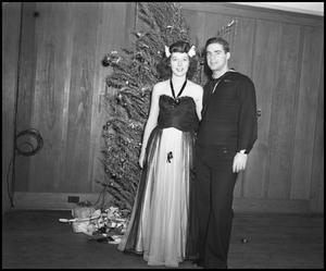 Primary view of object titled '[Mary Edith Looney with Man]'.