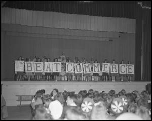 Primary view of object titled '[Homecoming Pep Rally]'.