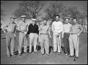 Primary view of object titled '[Golfers, Group Photograph]'.