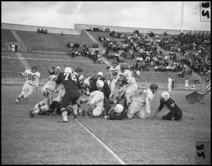 Primary view of object titled '[North Texas vs Louisville 1961]'.