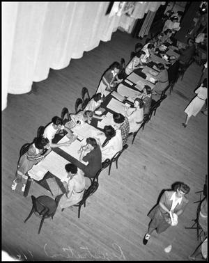 Primary view of object titled '[Students Registering for Classes]'.