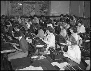 Primary view of object titled '[Students in Typing Class]'.
