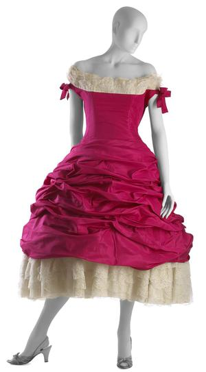 Primary view of object titled 'Ball Gown'.