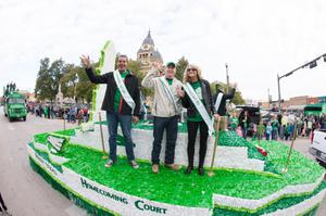 Primary view of object titled '[Homecoming court float]'.