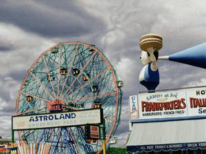 Primary view of object titled 'Wonder Wheel (Coney Island)'.