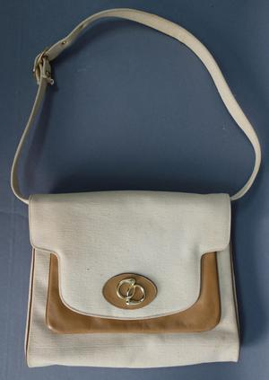 Primary view of object titled 'Handbag'.