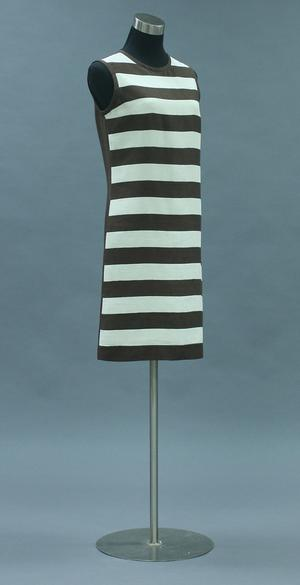 Primary view of object titled 'Dress'.