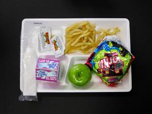 Student Lunch Tray: 02_20110131_02A5576