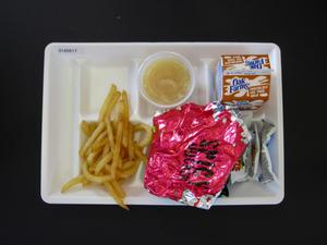Student Lunch Tray: 01_20110216_01A5617