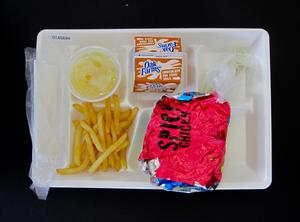 Student Lunch Tray: 01_20110216_01A5684