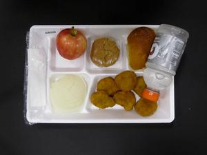 Student Lunch Tray: 02_20110329_02B5836