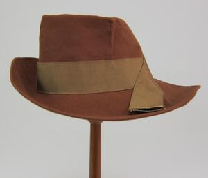 Primary view of object titled 'Fedora'.