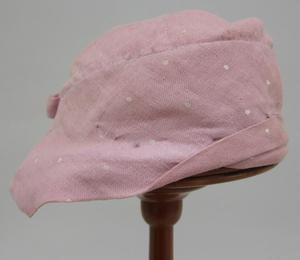 Primary view of object titled 'Cloche and Scarf Set'.