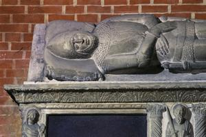 Primary view of Tomb of Armored Knight