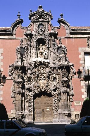 Primary view of Hospicio de San Fernando