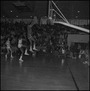 Primary view of object titled '[Eagles against New Mexico State Basketball Game]'.