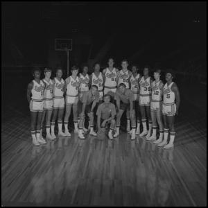 Primary view of object titled '[1973 - 1974 Men's basketball team, 4]'.