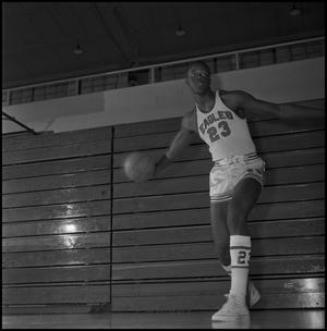 Primary view of object titled '[NTSU Basketball Player Albert Jones]'.
