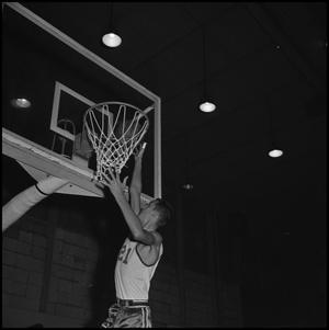 Primary view of object titled '[North Texas Basketball Player Zack Hayes]'.