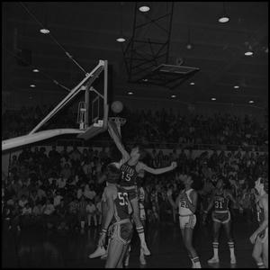 Primary view of object titled '[Eagles vs Fullerton Titans Basketball Game]'.