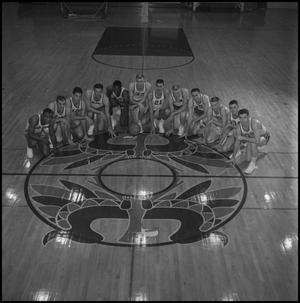 Primary view of object titled '[1960 - 1961 North Texas Men's Basketball]'.