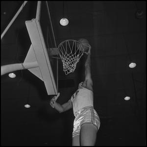Primary view of object titled '[Willie Davis Practicing Basketball, 2]'.