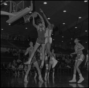 Primary view of object titled '[Men's Basketball Game vs Drake University]'.